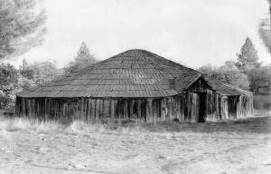 Round House (side view) - Tuolumne Rancheria 1947